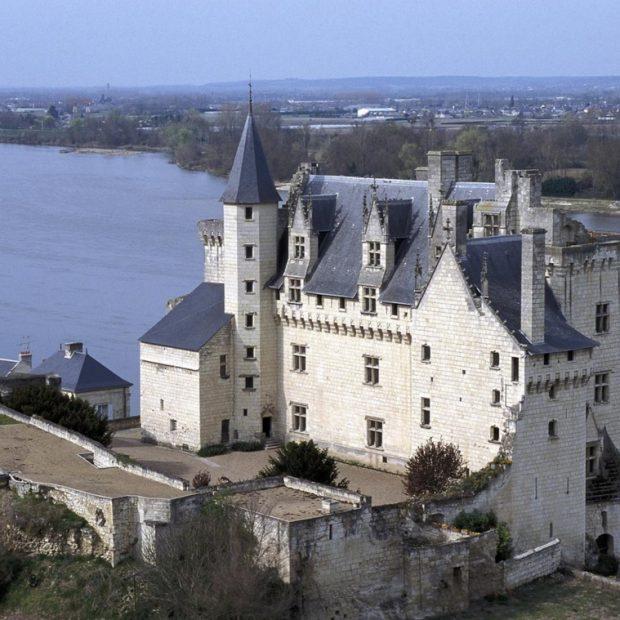 Замок Монсоро, украшение Луары, замок Графини Дё Монсоро